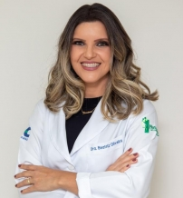 Dra. Beatriz Oliveira Silva